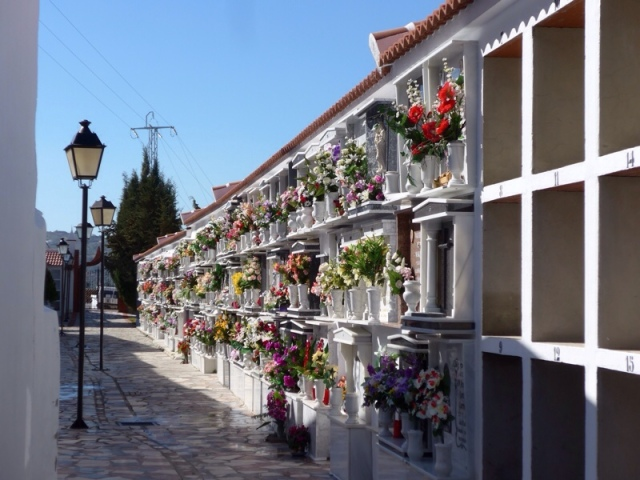The pretty cemetery in Canillas
