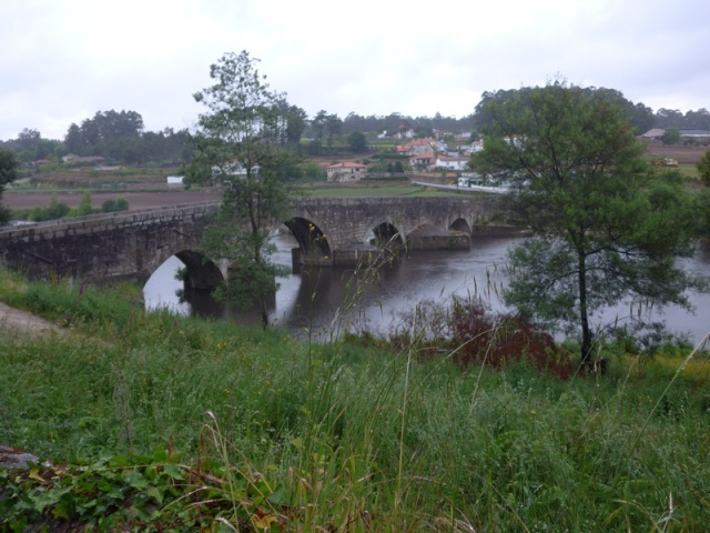 Ancient bridge between Vilarinho and Pedra Furada