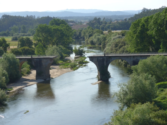 collapsed bridge at Lamas do Vouga
